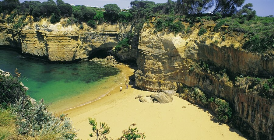 Melbourne TOurs Package Loch Ard Gorge